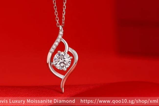 Moissanite Luxury Multiple Diamond Pendant Necklace Jewelry